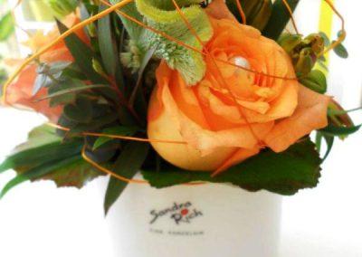 Kleiner Blumenstrauß mit orangen Rosen Blumenwiese Eisenach
