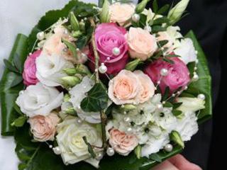 brautstrauss-blumenwiese-floristik-eisenach