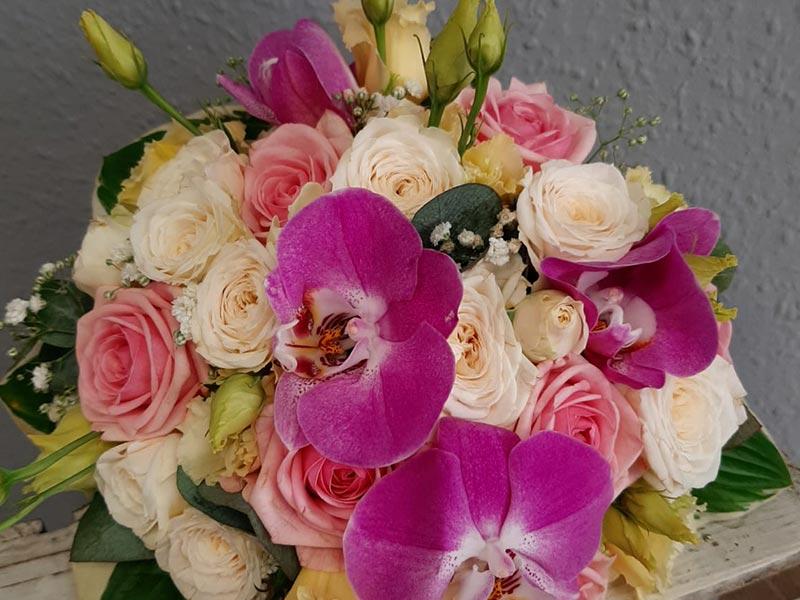 blumenladen-eisenach-blumenwiese-orchideenstrauss